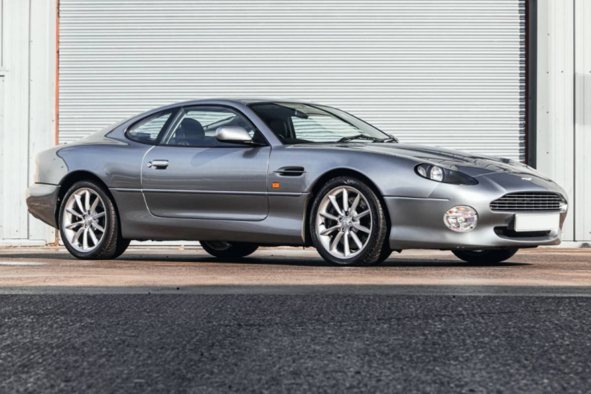 Aston Martin Db7 Vantage 1 Sports Car Digest The Sports Racing And Vintage Car Journal