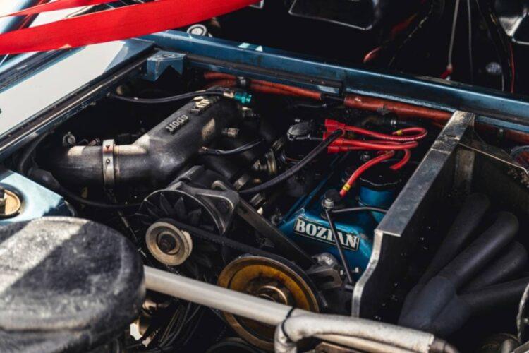 engine of 1982 Renault 5 Turbo Group 4
