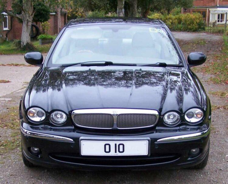 010 car plate