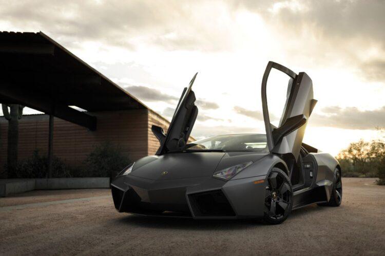 doors open on Lamborghini Reventón