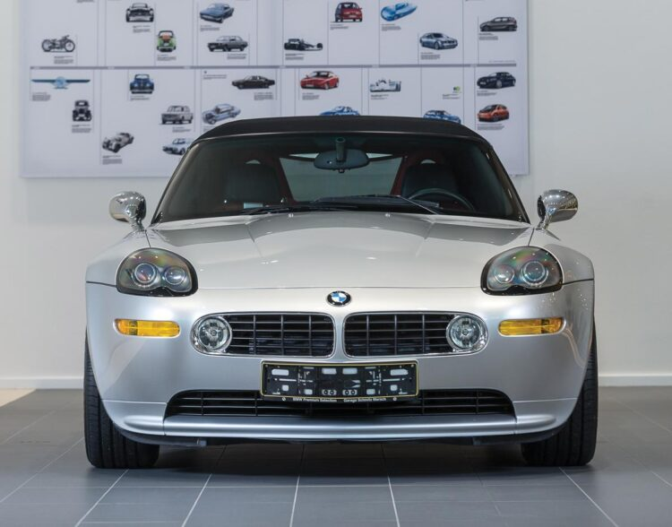 Front of BMW Z8