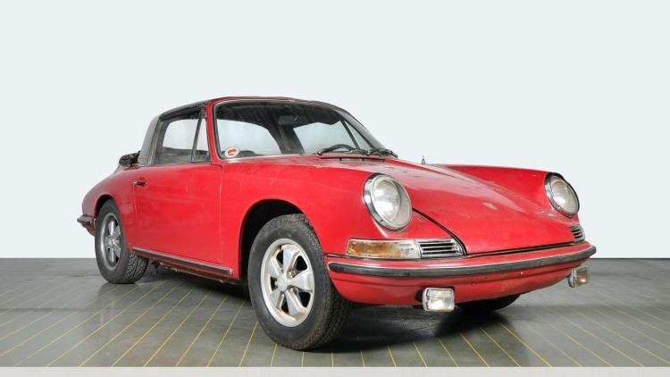 Front of 1967 Porsche 911 S Targa unrestored