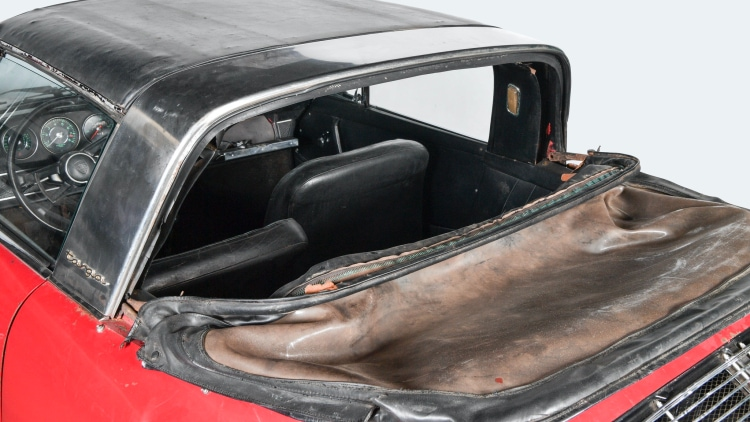 roof of 911 S