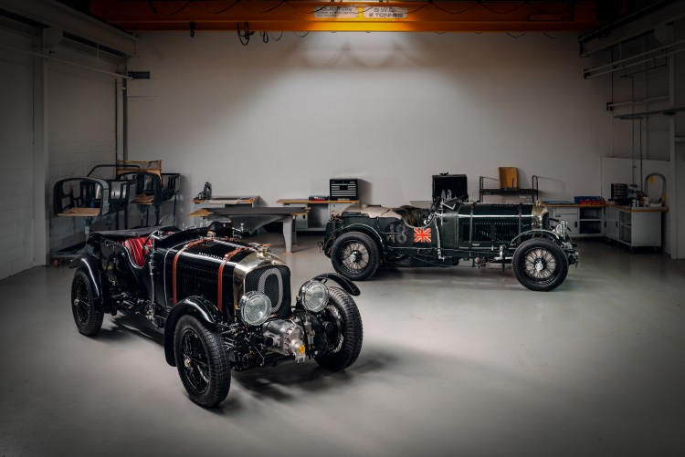 Chassis HB 3403Chassis HB 3403 and new Bentley Blower