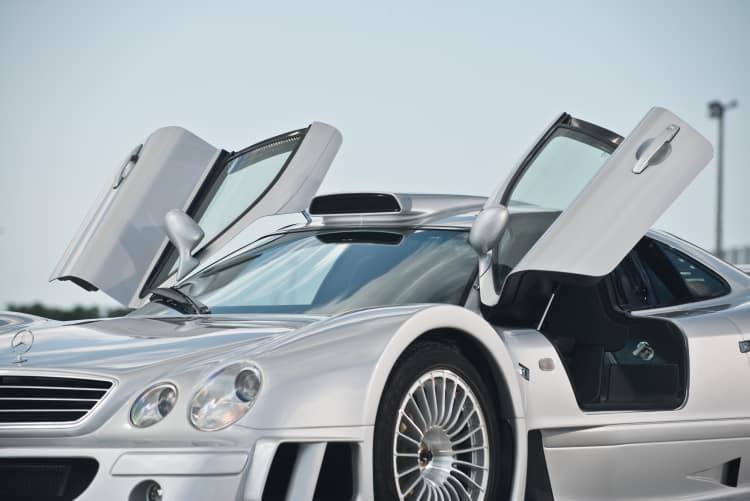 doors of Mercedes-Benz CLK GTR