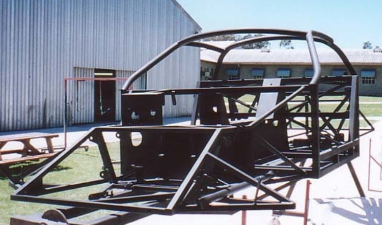 m12 chassis