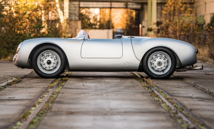 side profile of Porsche 550 Spyder