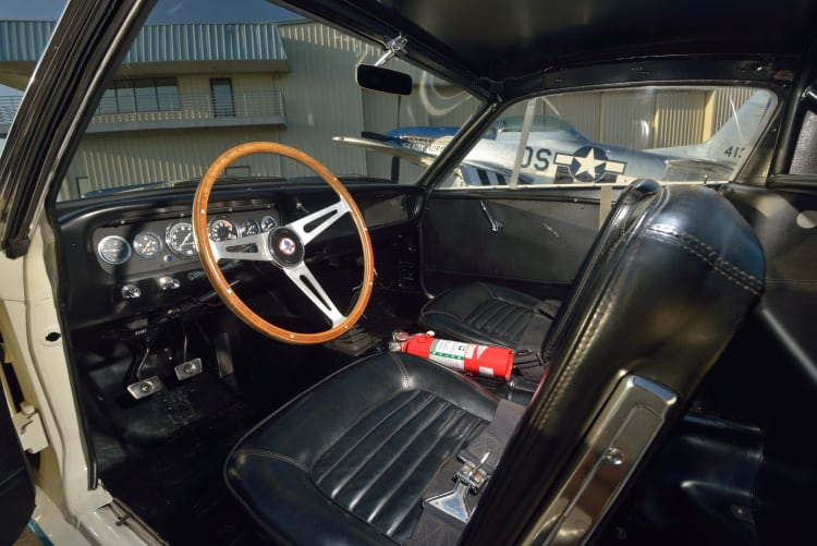 Interior of Ford Shelby Mustang