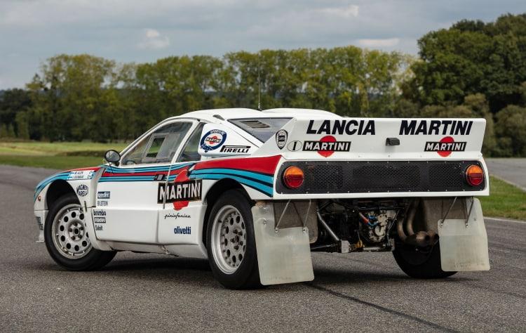 rear of 1985 Lancia 037