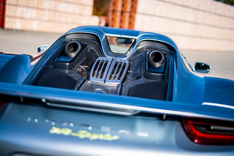 rear of 2014 Porsche 918 Spyder