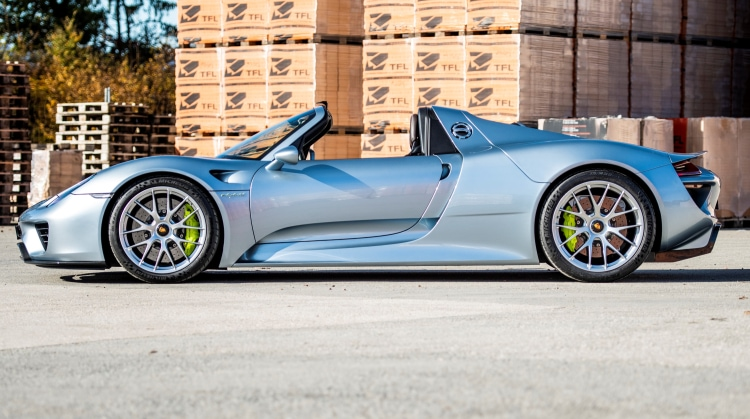 side of 2014 Porsche 918 Spyder