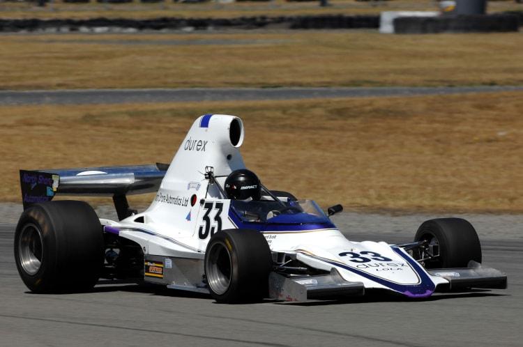 Shayne Windelburn (Lola T400)