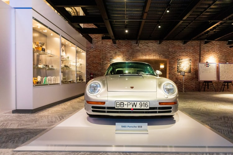 front of Pre-Prototype Porsche 959
