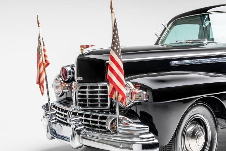USA flags on car