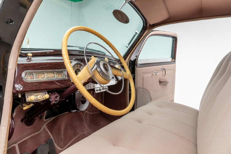 interior of 1942 Lincoln Zephyr Limousine