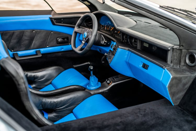 interior of 1993 Isdera Commendatore 112i