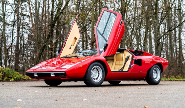doors of Lamborghini Countach LP400 Periscopio by Bertone