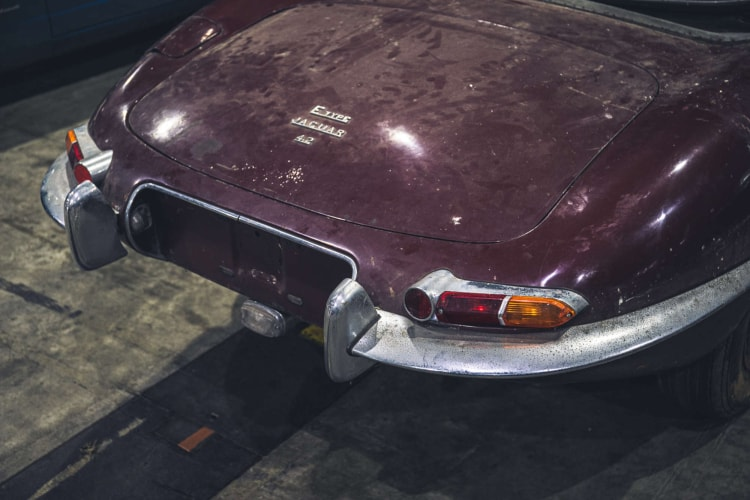 rear of 1964 Series 1 Jaguar E-Type 4.2