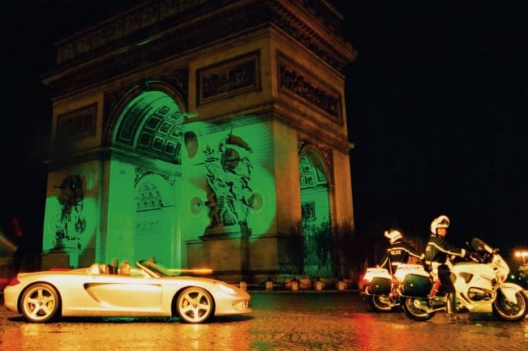 Carrera GT concept from the Arc de Triomphe to the Louvre