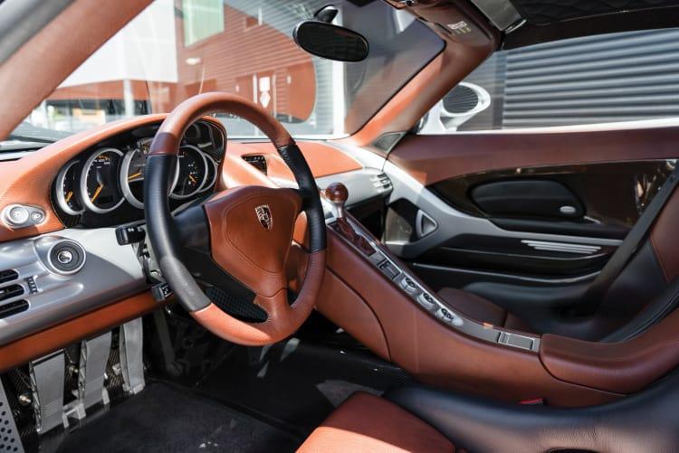 interior of Porsche Carrera GT