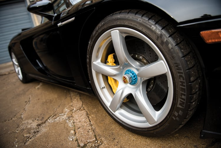 Tires of Porsche Carrera GT