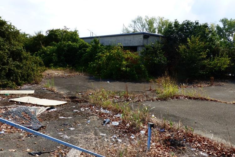 rubish at abandoned De Tamaso factory