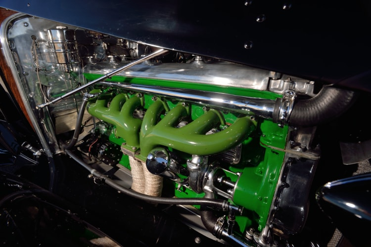 engine of 1936 Duesenberg Model J Rollston Convertible Berline