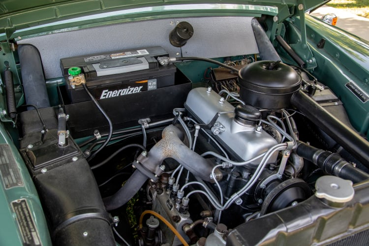 engine of 1958 Mercedes-Benz 180D
