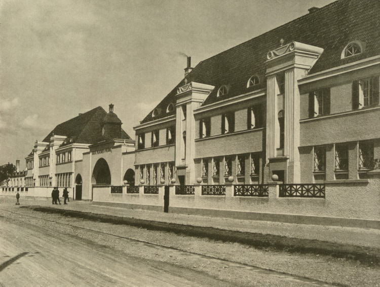 Gatehouse at Moosacherstrasse in 1924
